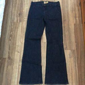 Trouser fit jeans
